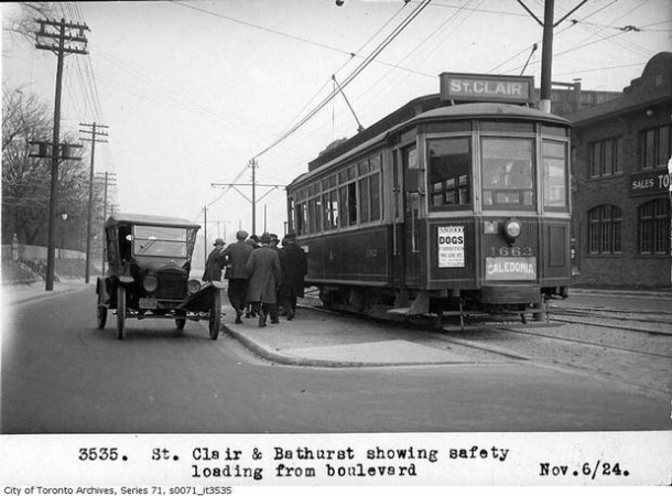 Original St. Clair streetcar in 1924.