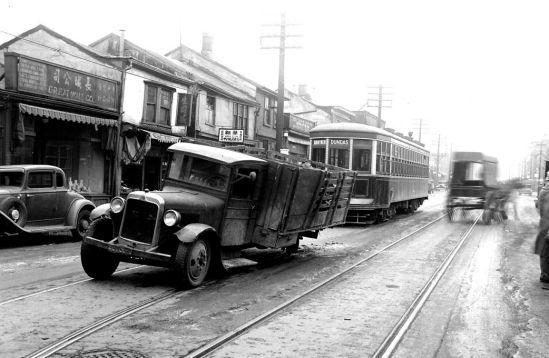 Elizabeth St Toronto in 1934.