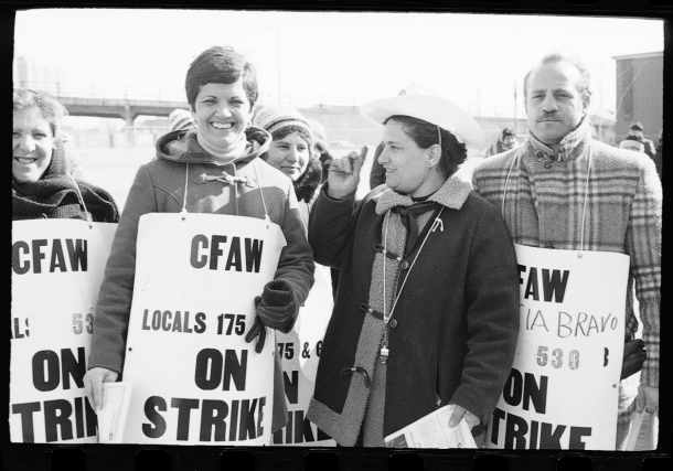 Portuguese men and women among the factory workers on strike with the Canadian Food & Allied Workers Local 530, outside Lancia-Bravo Foods factory in Toronto, February 18, 1979. York University Libraries, Clara Thomas Archives & Special Collections, Domingos Marques fonds, ASC06662-n4A.