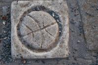 Turtle circle tile.