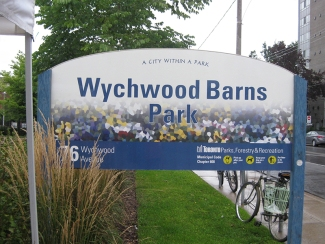 Wychwood Barns sign.