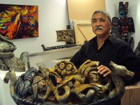 Inuit sculptor Ruben in Kipling gallery.