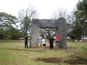 Hammond Trilithon, Tonga.