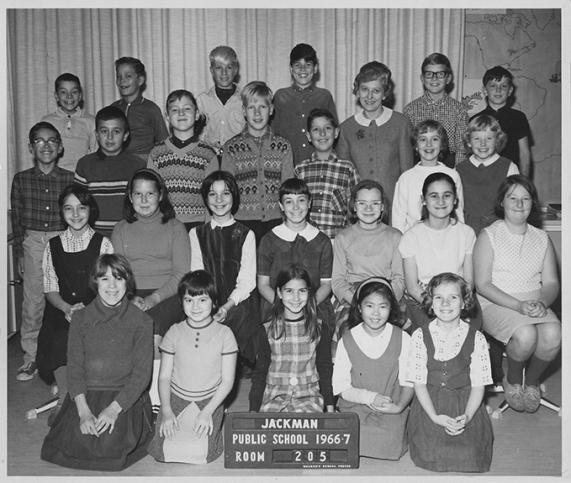 Class photo 1966-67.
