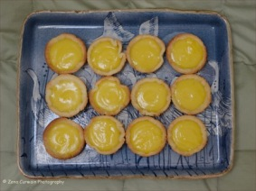Lemon tartlets.