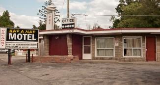 Hav-a-nap Motel.