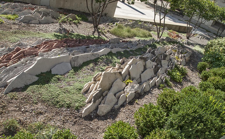 Craggy rocks in Gardiner Museum garden.