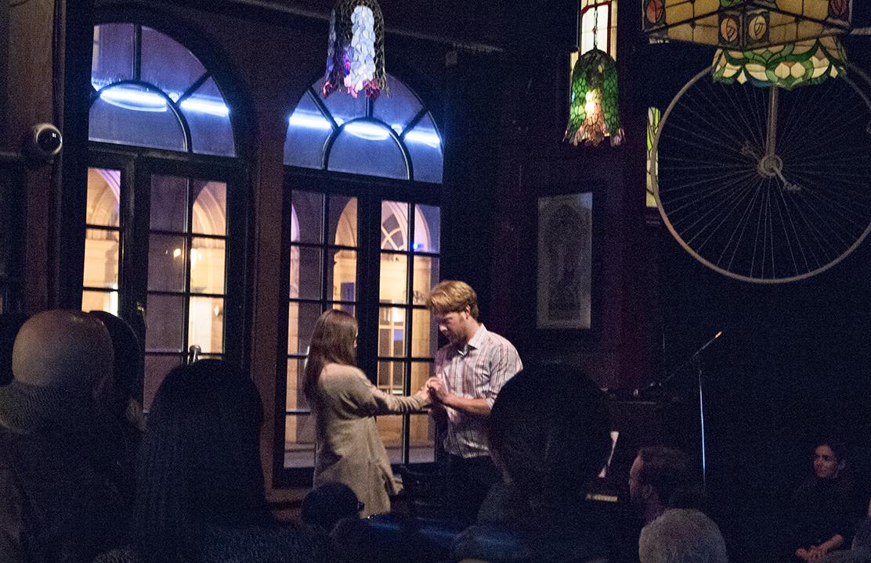 Opera Pub duet.