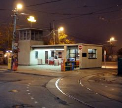 dufferin_loop_station_at_night